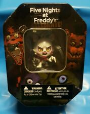 FIVE NIGHTS AT FREDDYS GIFT TIN MANGLE BACK PACK HANGER DOG TAG TRADING CARDS