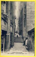 cpa Bretagne 35 - SAINT MALO (Ille et Vilaine) Rue des PETITS DEGRÉS Animée