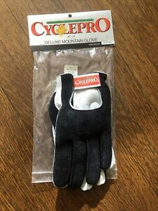 New-Old-Stock CYCLEPRO Deluxe Mountain Gloves - Black/Grey - Medium