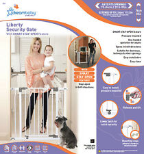 **New Dreambaby Liberty Security Gate child Safety with stay open feature WHITE