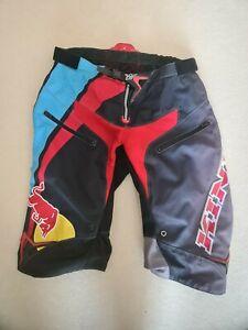 Kini Red Bull Downhill Bike Shorts,  kurz, DH, MTB, Enduro, Gr. 38, XL/XXL