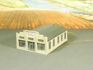 N Scale BUILT Model Building LARGE STOREFRONT HOME APPLIANCE STORE