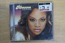 Rihanna  – Music Of The Sun     (C325)