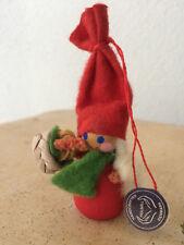 HOLBOLL Denmark Wichtel Holz Figur Tomte Gnome handcrafted Sammlerstück Dänemark