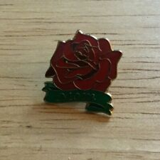 Red Rose And Gold Tone Mom Pin
