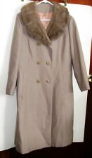 Lovely Beige Women's Coat by Lorendale With Fur collar