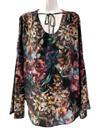 NEW Karen Kane from Stitch Fix Black Green Red Floral Womens Shirt Top Small