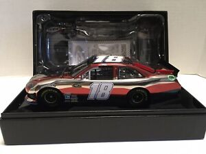 2011 Kyle Busch M&M's Red White & Blue 9/11 Tribute Color Chrome 1/24 Elite Rare