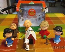 Lot of Forever Fun Peanuts Poseable Figures & 2 That Talk Charlie Brown Lucy