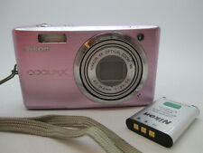 Nikon COOLPIX Coolpix S560 10.0MP Digital Camera - Pink