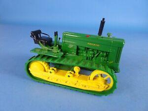 Ertl diecast vintage John Deere model 40 crawler, bulldozer construction vehicle