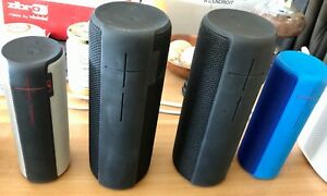 Lot de 2 haut parleurs mobiles 1 UE Boom2 (bleu) et 1 Mégaboom (noir)