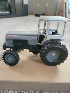 Scale Models 2-135 Field boss tractor,1/16 scale,FA
