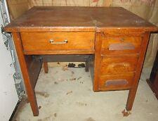 Antique solid oak 3 drawer typewriter desk - folds to hide typewriter  GC