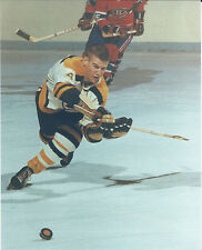 BOBBY ORR BOSTON BRUINS 8 X 10 PHOTO WITH ULTRA PRO TOPLOADER