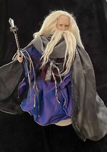 Lord Of The Rings Gandolf Doll Franklin Mint