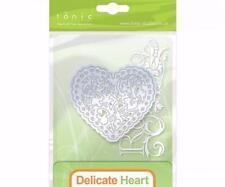Tonic Studios Rococo Delicate Heart Die Metal Die Dainty Scalloped Heart Metal