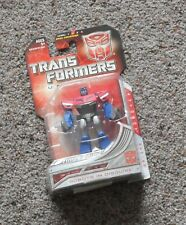 """ OPTIMUS PRIME ""  Hasbro Transformers Universe Autobot Mint Sealed"