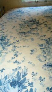VINTAGE ELSA BLUE BY RALPH LAUREN TWIN DUVET COVER BLUE & WHITE -100% COTTON