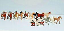 23 PC VINTAGE 1950s BERGEN WESTERN COWBOYS, INDIANS, HORSES, FARM ANIMAL PLASTIC