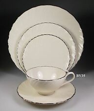 LENOX WEATHERLY 5 PIECE PLACE SETTING - SETTINGS - EXCELLENT