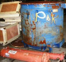 OPEN TOP JACKETED HEAVY WALLED STEEL TANK. APPROX. CAP. 440 GALS. Item #8580