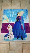 Beautiful, cosy Disney Frozen blanket