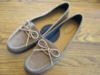 Sperry Top-sider  7.5M  Style STS97351 brown suede leather 2 eye boat shoes NEW