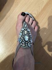 VINCE CAMUTO EMBELLISHED BEIGE LEATHER SANDALS SIZE 6M GORGEOUS!
