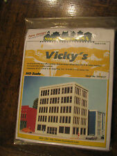 Smalltown USA HO #699-6027 Vicky's Fashions - Kit - Talltown Buildings