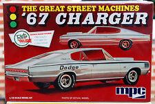 1967 Dodge Charger 426 Hemi Street Machine, 1:25, MPC 829 nuovamente NUOVO 2016 NUOVO