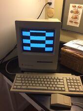Vintage 1991 Apple Macintosh Classic II M4150 w/ Mouse Keyboard