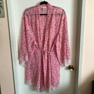Avenue Body Pink Rose Floral Print Lace Trim Sheer Robe Plus Size 26/28