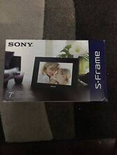 "Sony Digital Photo Frame Blk DPF-D70 7"" Color Display S-Frame Calendar Clock"