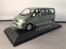 VW VOLKSWAGEN MULTIVAN T5 2003 LIGHT GREEN METAL MINICHAMPS 842902111 1/43 KOMBI