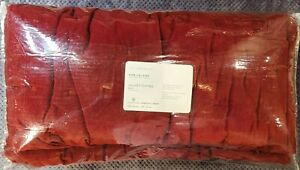 Pottery Barn Velvet Tufted Quilt, King/California King Size, Ruby Color