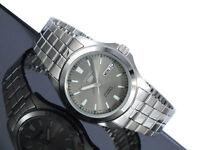 Seiko 5 Automatic Mens Watch See Through Back Grey Dial SNKL03K1 UK Seller