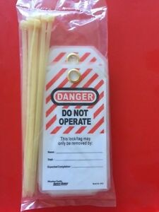 Master Lock 497A H/Duty Danger Do Not Operate Tag 79x146mm Safety Lockout 12 PK