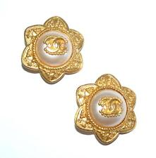 CHANEL Vintage CC LOGO Gold Pearl Round Star Clip Earrings