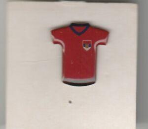 Pin metaal / metal - Voetbal / Footbal Shirt - Servië