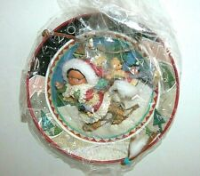 New Friends of the Feather Enesco Presence of Spirit 2000 Plate Santa Basket Toy