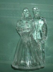 GLASS BRIDE AND GROOM GLASS FIGURINE' 6 1/2 CRYSTAL? VG-FREE SHIP