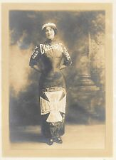 c1900s BW Advertising Photograph – Pretty Woman Wearing a Clysmic Waters Dress