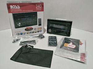 Boss 812UAB Double DIN In-Dash Bluetooth USB Digital Media Receiver-New Open Box