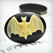 2pcs Resin Cameo Bat Flatback Oval Embellishments 40x30x7mm Yellow and Black OB