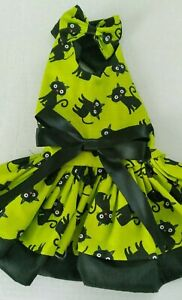 DOG DRESS/HARNESS  HALLOWEEN BLACK CATS  /MATCHING HAIR BOW NEW  FREE SHIPPING