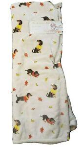 """Dogs in Fall  Plush Throw w/ Dachshund Design   50"""" x 70""""  Beige/Multi"""