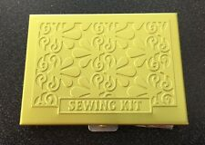 Wellspring Sewing Kit Terrace Spruce 2807 Green Aluminum Purse/Travel Size Light