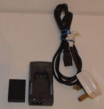 GENUINE OLYMPUS Model LI-10C Charger with LI-10B Battery Pack for digital camera