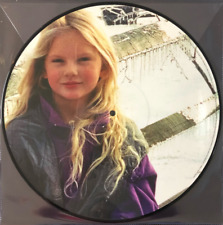 Taylor Swift – Christmas Tree Farm Exclusive Limited Edition Picture Disc Vinyl